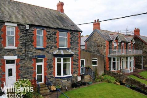 Penybryn, Corwen, LL21 0BD, North Wales - Semi-Detached / 4 bedroom semi-detached house for sale / £139,000