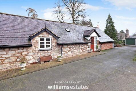 Eyarth Hall, Llanfair Dyffryn Clwyd. 1 bedroom character property