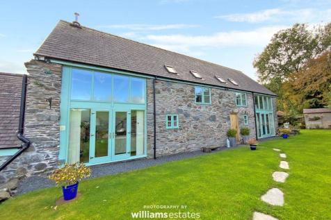 Gwyddelwern, Corwen. 5 bedroom character property for sale