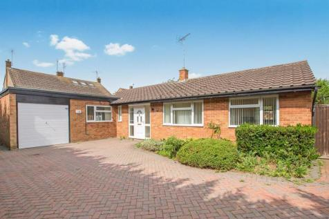 Richmond Road, Westoning, BEDFORD. 3 bedroom detached bungalow