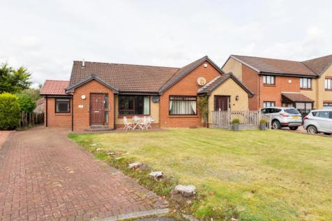Baldorran Crescent, Balloch, G68. 2 bedroom semi-detached bungalow