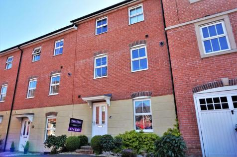 Drovers, Sturminster Newton, DT10. 5 bedroom terraced house