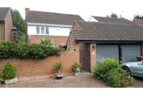 Chamberlain Court, Wigmore, Rainham, ME8. 4 bedroom detached house