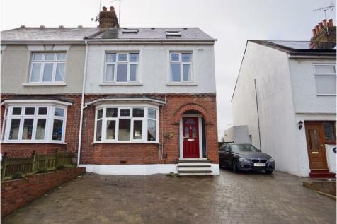 Woodlands Road, Gillingham, ME7. 5 bedroom semi-detached house