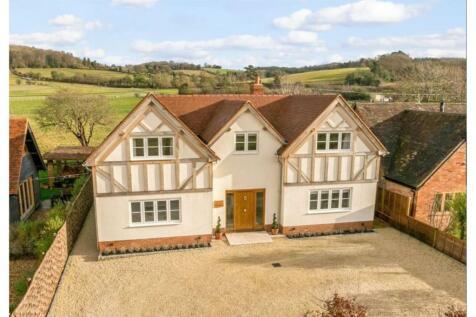 Skirmett, Henley-on-thames, RG9. 4 bedroom detached house