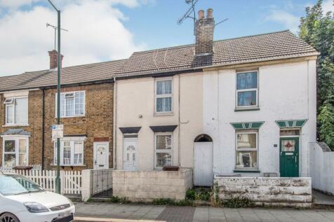 Trafalgar Street, Gillingham, ME7. 2 bedroom terraced house