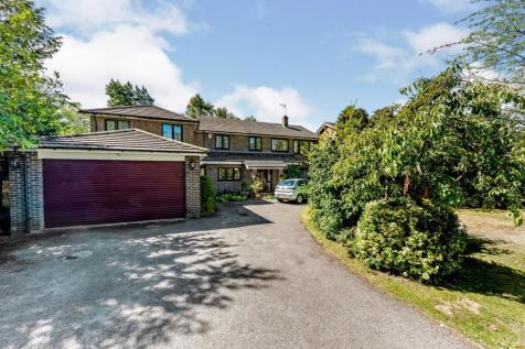 Copped Hall Way, Camberley, GU15. 6 bedroom detached house