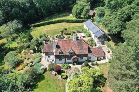 Coldharbour, Dorking, RH5. 4 bedroom country house