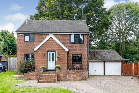Springfield, East Grinstead, RH19. 4 bedroom detached house