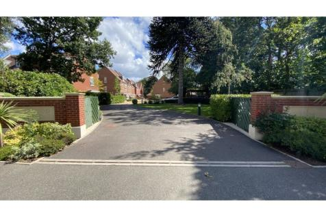 Wellwood Close, Poole, BH13. 4 bedroom town house
