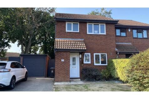 Goldfinch Road, Poole, BH17. 3 bedroom semi-detached house