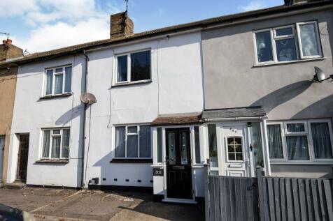 High Street, Rainham, Gillingham, ME8. 2 bedroom terraced house