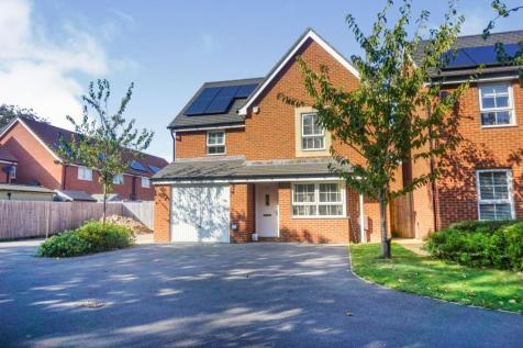 Cockerell Close, Lee-on-the-solent, PO13. 4 bedroom detached house