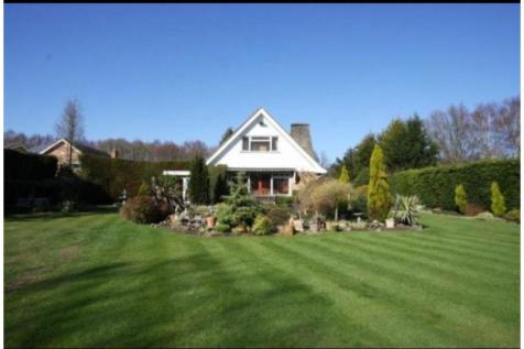 Reidon Hill, Woking, GU21. 4 bedroom detached bungalow for sale