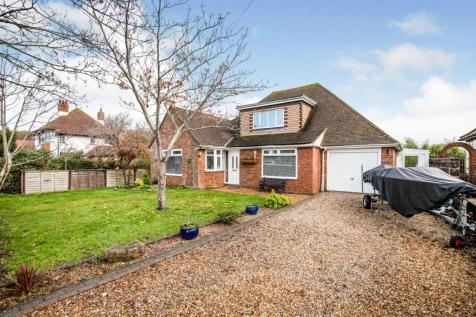 Richmond Road, Bexhill-on-sea, TN39. 5 bedroom detached bungalow for sale