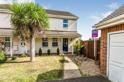 Hurst Place, Gillingham, ME8. 3 bedroom semi-detached house