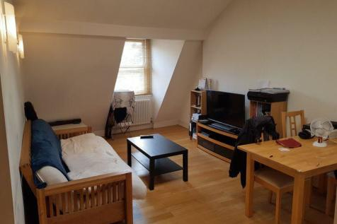 Theobalds Road, London WC1X 8PN. 1 bedroom flat