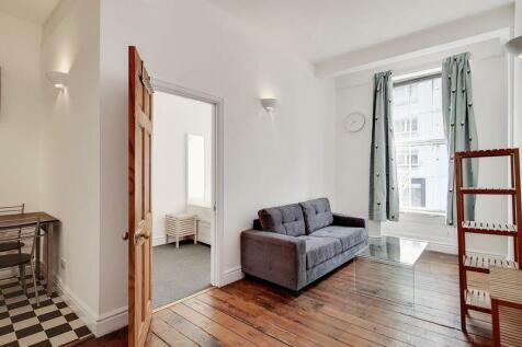 St John Street, London EC1M. 2 bedroom flat