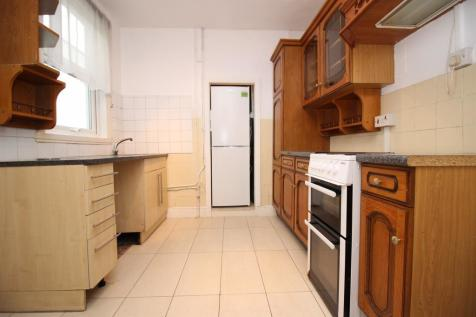 Curzon Street, Reading, RG30. 2 bedroom house