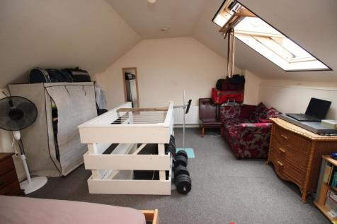 London Road, Reading, RG1. House share