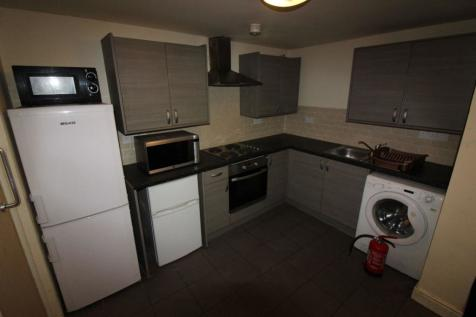 Moorlane, Flat 8, PRESTON, Lancashire PR1 7AT. 3 bedroom apartment