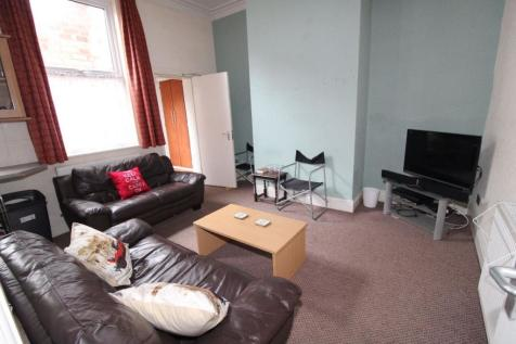 Norris Street, PRESTON PR1 7PX. 4 bedroom terraced house