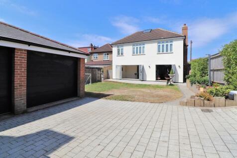 Olron Crescent, Bexleyheath. 7 bedroom detached house for sale