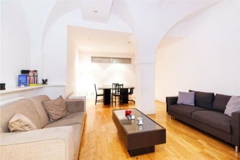 Weymouth Mews, Marylebone W1G. 4 bedroom apartment