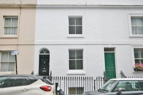 Robert Street, Brighton BN1. 4 bedroom terraced house