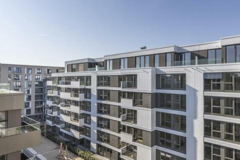 Berlin, Berlin. 3 bedroom penthouse for sale