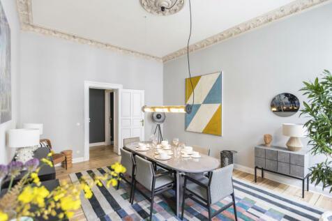 Berlin, Berlin. 3 bedroom flat for sale