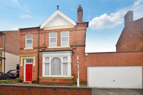 Highgate Road, Walsall, WS1. 5 bedroom detached house