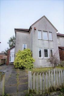 Ardgour Road, Kilmarnock, Ayrshire, KA3. 3 bedroom end of terrace house