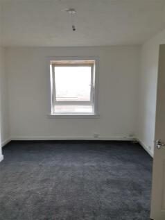 Finnieston Street, Greenock, Inverclyde, PA15. 2 bedroom flat