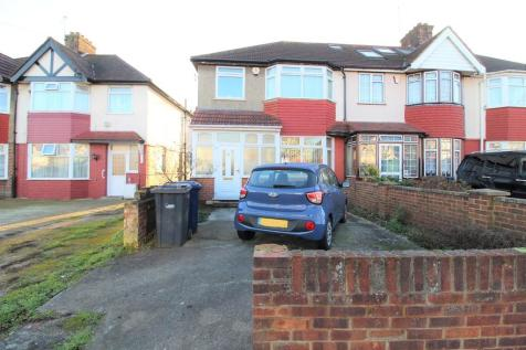Dormers Wells Lane, Southall. 3 bedroom semi-detached house for sale