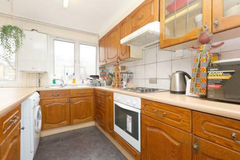 Mallory Street, Maryleybone, NW8. 2 bedroom flat