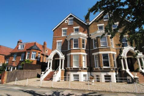 Kew Gardens Road, Kew, TW9. 1 bedroom flat