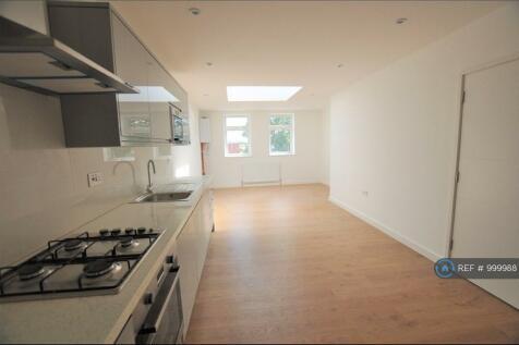 Hendon, London, NW4. 2 bedroom flat
