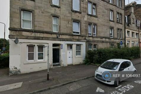 Murieston Road, Edinburgh, EH11. 2 bedroom flat