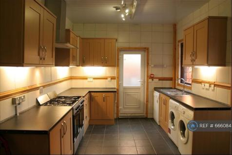 Southfield Road, Middlesbrough, TS1. 4 bedroom house share