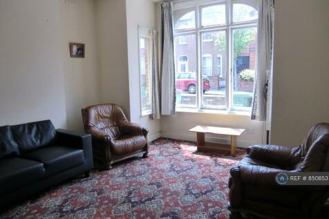 Elliscombe Road, London, SE7. 5 bedroom semi-detached house
