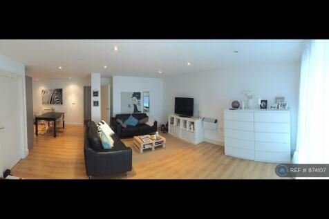 John Ruskin Street, London, SE5. 2 bedroom flat