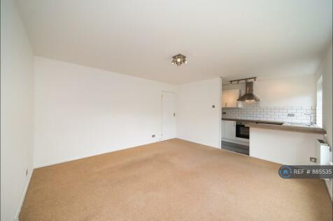 Willow Grove, Chislehurst, BR7. 1 bedroom flat