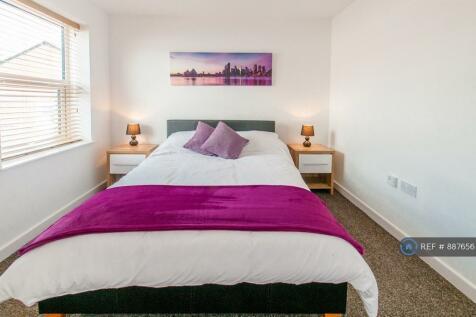 Heathfield Avenue, Crewe, CW1. 1 bedroom flat