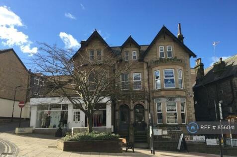 Cheltenham Crescent, Harrogate, HG1. 3 bedroom flat