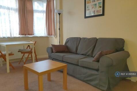 Carlyon Road, Alperton, HA0. 1 bedroom flat
