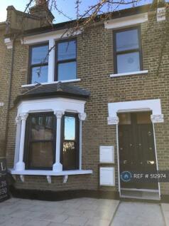 Fairthorn Road, London, SE7. 2 bedroom maisonette