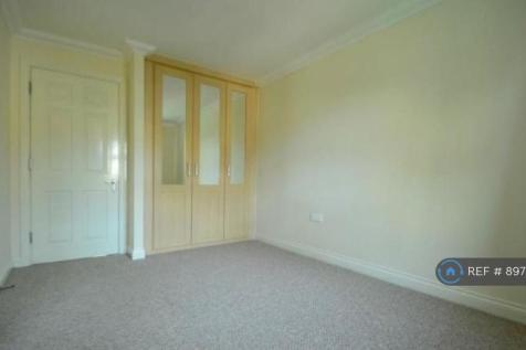 Sparkes Close, Bromley, BR2. 3 bedroom terraced house