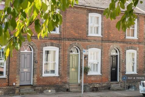 Southgate Street, Bury St. Edmunds, IP33. 2 bedroom terraced house