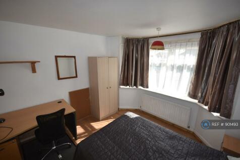 Burgess Road, Southampton, SO16. 5 bedroom house share